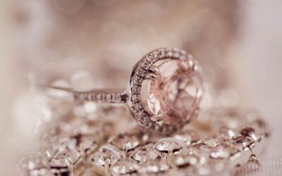 Skæld dig ud med smykker med gravering